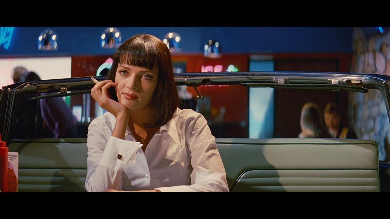 ユマ・サーマン演じるミアがヴィンセントと食事を待つシーン