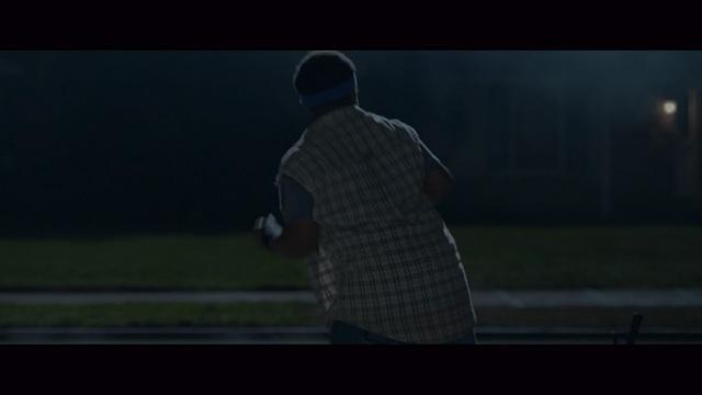 ベビーシッター-踊るいじめっ子