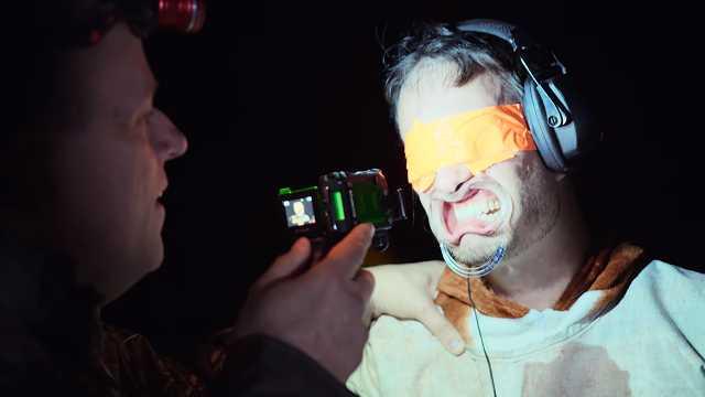世界の現実旅行-アメリカ-拷問ショー